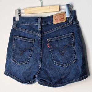 Levi's high rise denim shorts size 25